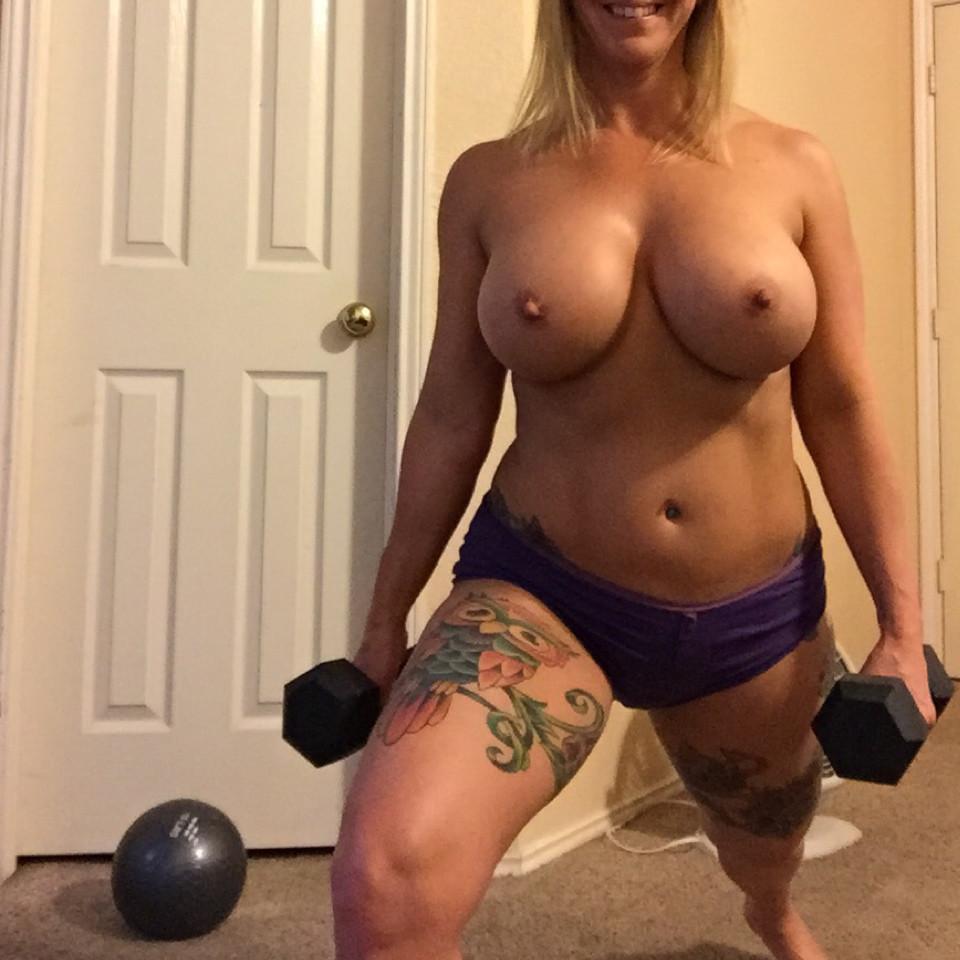 Mature nude female pics